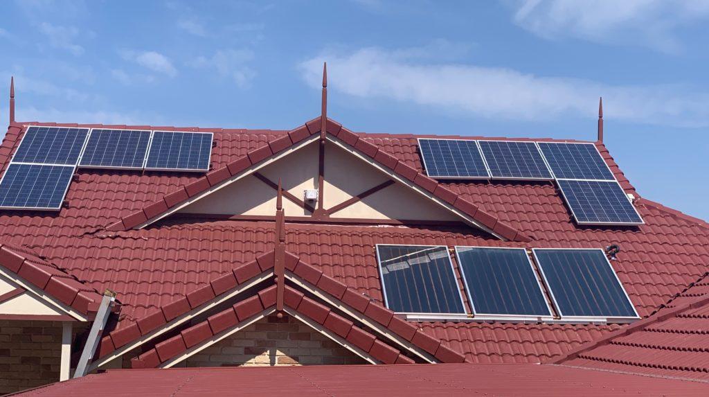 Solar panels, Envirosun hot water systems